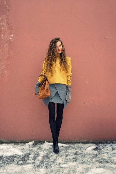 heather gray Taobao skirt - black Mango boots - burnt orange asos bag