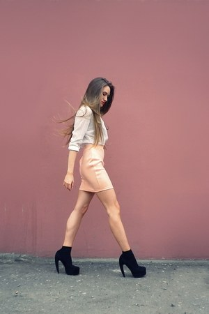peach H&M skirt