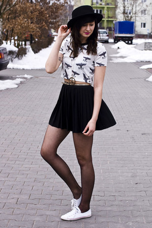 black romwe hat - crop Sheinside top