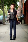 Silver-logo-lori-goldstein-necklace-blue-tory-burch-jeans-black-senso-shoes-