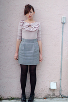 pink postlapsaria shirt - black thrifted skirt - black seychelles shoes