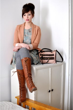 light pink r&amp;em bag - tawny seychelles boots - light blue modcloth dress
