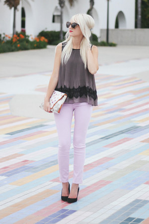 gray blouse - light purple ankle AG jeans - black Karen Walker sunglasses