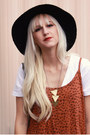 Burnt-orange-cotton-on-dress-black-thrifted-hat
