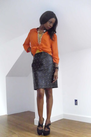 leather studded vintage skirt - f21 shoes - H&amp;M shirt - f21 accessories