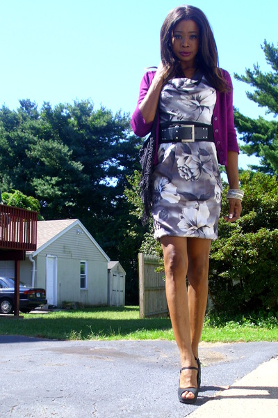 floral pockets H&amp;M dress - peep toe f21 shoes - H&amp;M sweater