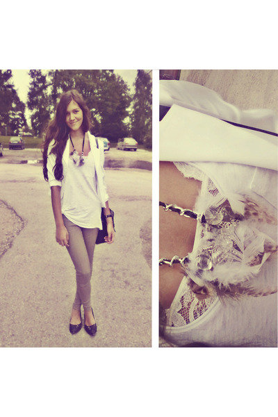 tan feathers self-made necklace - dark gray random brand shoes