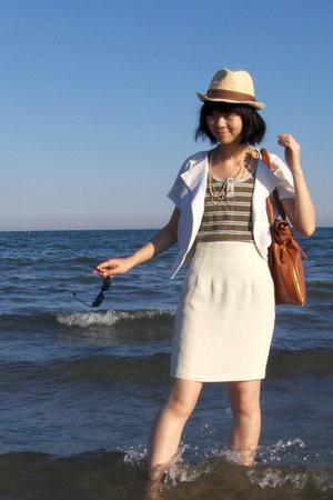 vest - skirt - shirt - purse