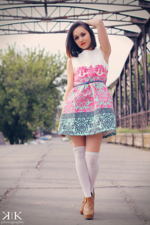 bubble gum Oasapcom dress