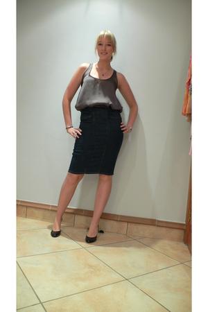 Kelso top - RT Denim skirt - Mr Price shoes