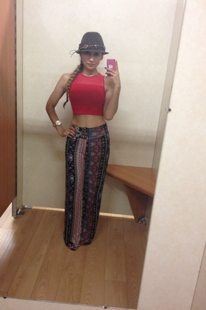 ruby red Forever 21 pants