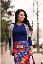 hot pink floral Loft skirt - navy Forever 21 sweater