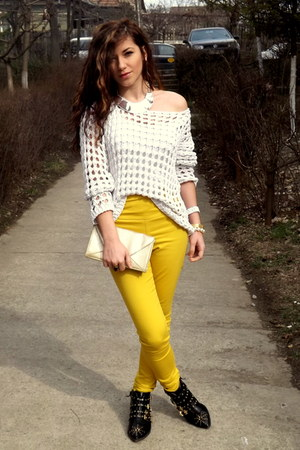 yellow summer Eponge jeans - black golden detailed Zara boots