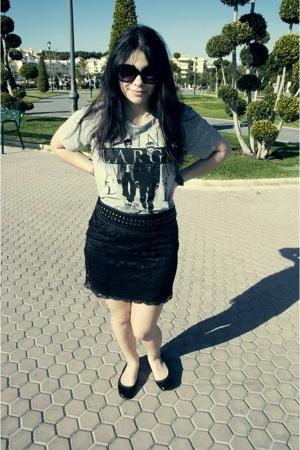 Zara t-shirt - Mango skirt - BLANCO shoes - Zara sunglasses