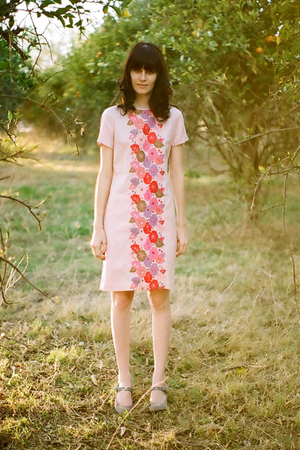 pink unknown brand dress