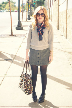 heather gray thrifted vintage sweater - navy thrifted vintage scarf