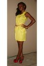 Yellow-bebe-dress-gold-h-m-accessories-red-kate-preston-shoes-red-belt