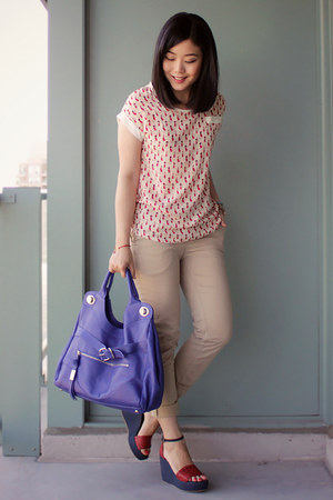 blue foley & corinna bag - red cat print OASAP blouse - beige H&M pants