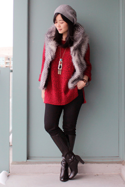 brick red Joe Fresh sweater - black Liz Clairborne boots - black Uniqlo jeans