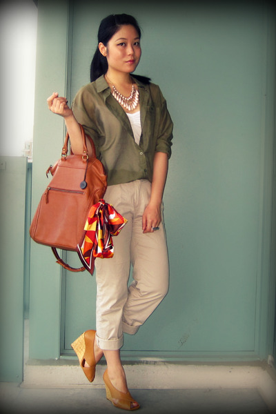 green H&amp;M blouse - beige H&amp;M pants - brown the sak - brown BCBGMAXAZRIA shoes - 