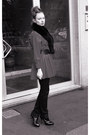 Black-bow-moschino-belt-hot-pink-wool-vintage-coat