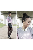 galaxy sweater unknown sweater - black Dr Martens boots