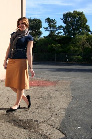 bronze handmade by me skirt - navy Old Navy t-shirt - black kimchi and blue shoe