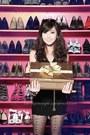 Hot-pink-so-fab-shoes-black-h-by-g-licaros-dress-black-wagw-vest-gold-wagw