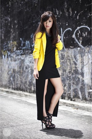 black SM GTW dress - yellow SM GTW blazer