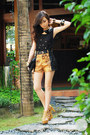 Black-dresstronomy-bag-mustard-second-shop-shorts-mustard-so-fab-heels