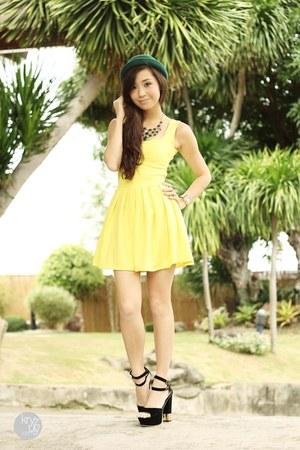 dark green WAGW hat - yellow romwe dress - black comfit heels