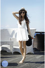White-sm-gtw-dress-black-prada-bag