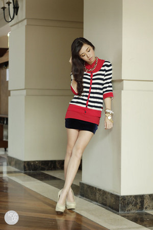 red Bayo cardigan - navy Trunkshow skirt - red Bayo top