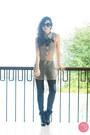 Black-sheinside-boots-black-closet-goddess-leggings-black-prada-sunglasses
