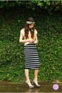 Gold-wagw-top-black-windsor-skirt-silver-windsor-heels