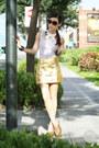 Dark-brown-burberry-sunglasses-white-the-ramp-top-gold-oasap-skirt