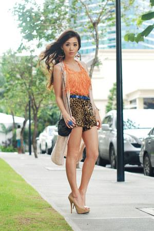 carrot orange Forever 21 top - dark brown Helmut Lang shorts - camel Tabio heels
