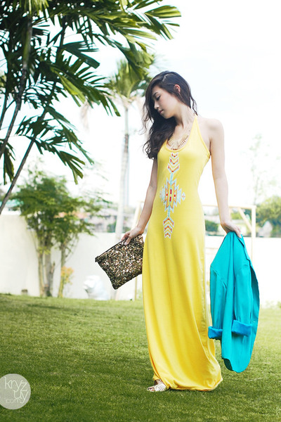yellow closet goddess dress - sky blue Clothes Off blazer - gold Zara bag