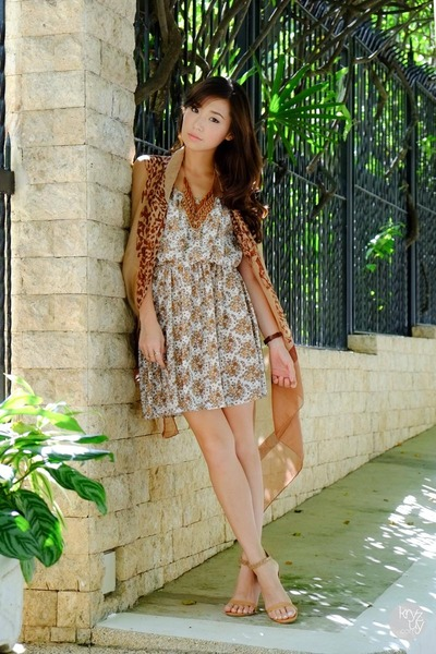 camel Clothing Here dress