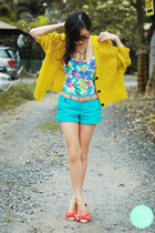 yellow clothes for the goddess cardigan - turquoise blue Mango shorts