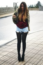 camel leopard Bershka coat - black Fox House shoes - crimson Zara t-shirt