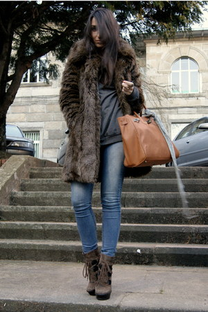 light brown Aldo boots - dark brown faux fur Zara coat - heather gray H&amp;M sweate