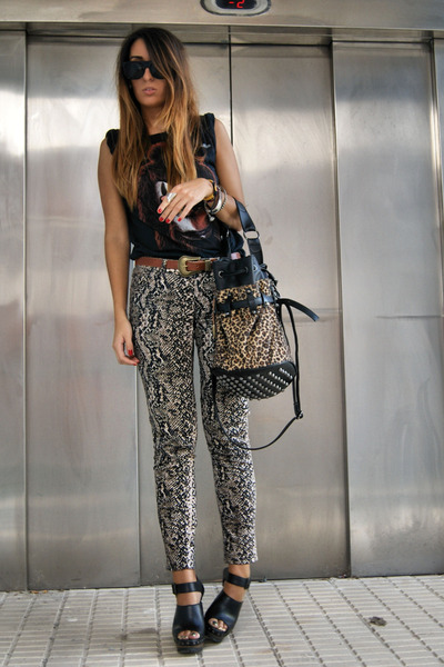 camel Zara pants - mustard Yesstyle bag - black Zara clogs