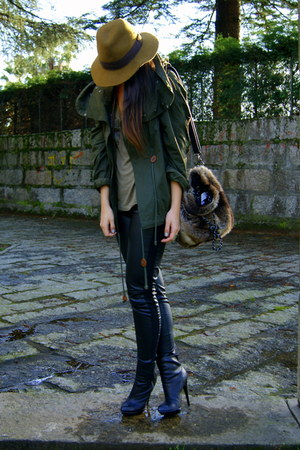 dark green parka Zara coat - black leather H&amp;M leggings - dark brown faux fur Za