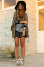 Silver-topshop-shoes-army-green-parka-zara-coat-black-floppy-blanco-hat