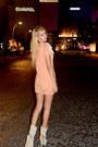 Nude-knitted-ipek-arnas-dress-ivory-suede-ipek-arnas-heels