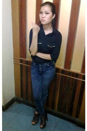 black shirt - Aholic jeans