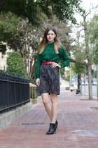 snakeskin Vince Camuto blouse - brocade white house skirt - vintage belt