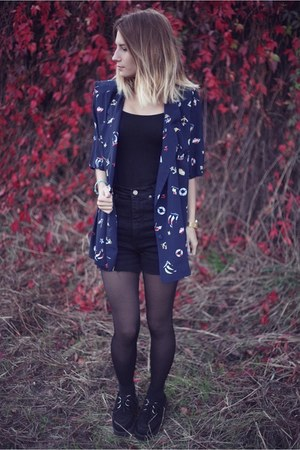 vintage blouse - creepers shoes