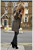 gray Burberry cardigan - black Kurt Geiger boots - light brown Zara coat